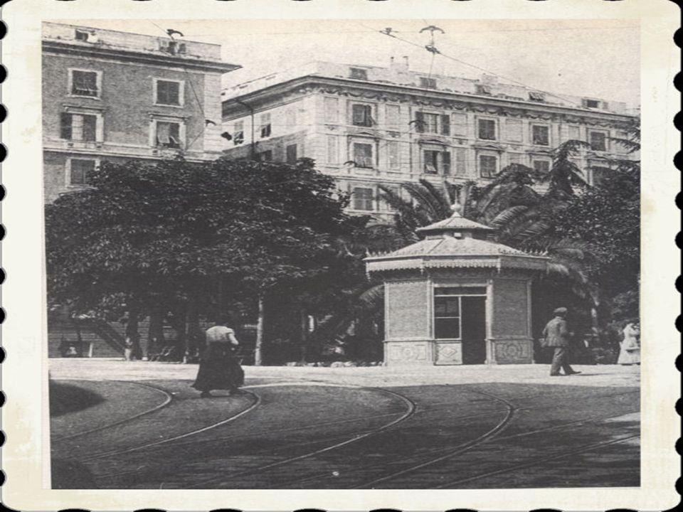 6)Nelle immediate vicinanze di piazza Manin si trova l'accesso alla stazione del « Trenino di Casella», la ferrovia a scartamento ridotto che collega
