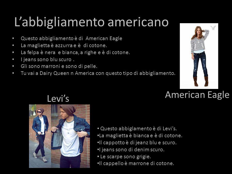 L'abbigliamento americano Questo abbigliamento è di American Eagle La maglietta è azzurra e è di cotone.