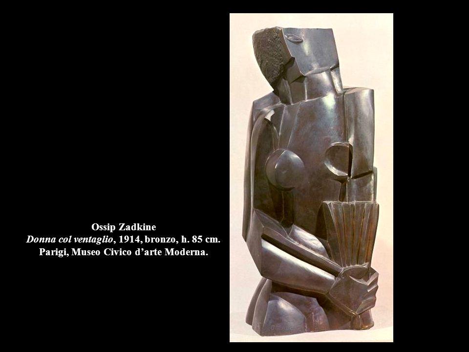 Ossip Zadkine Donna col ventaglio, 1914, bronzo, h. 85 cm. Parigi, Museo Civico d'arte Moderna.