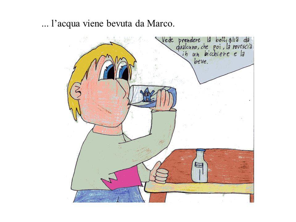 ... l'acqua viene bevuta da Marco.