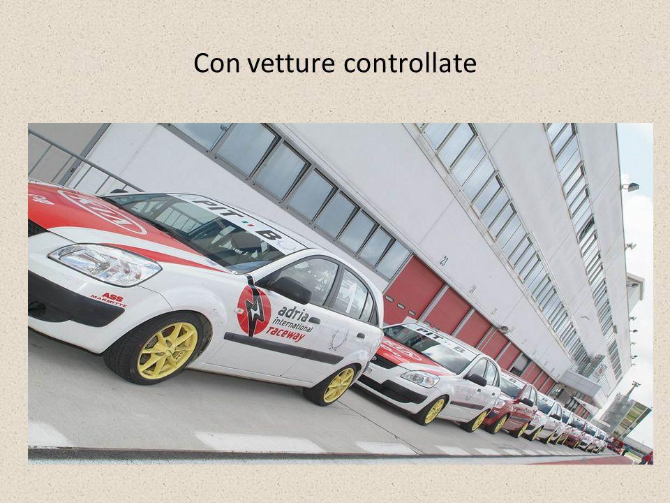 Con vetture controllate