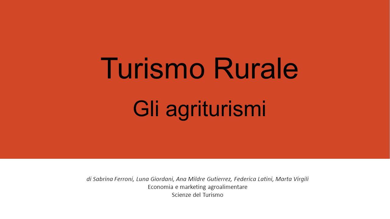 All'interno del panorama del turismo rurale, un ruolo particolare è rivestito dall' Agriturismo «L'attività agrituristica è CONNESSA e COMPLEMENTARE a quella agricola» Di fatto, l'agriturismo è una forma di turismo rurale nella quale il turista è ospitato presso un azienda agricola.