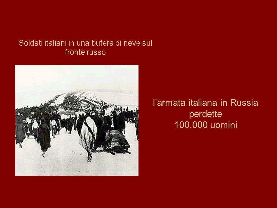 Soldati italiani in una bufera di neve sul fronte russo l'armata italiana in Russia perdette 100.000 uomini