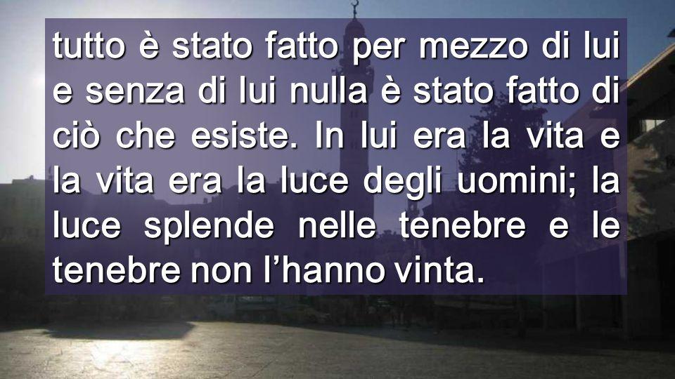 """Quando risuona questa PAROLA, tutto nasce di NUOVO All'inizio Dio CREÒ tutto dicendo: """"SEI IL MIO FIGLIO"""" Interno Basilica (Venezia)"""
