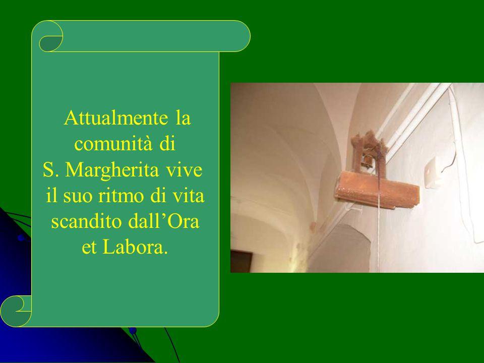 La statua lignea della santa conservata nel Monastero la rappresenta con i piedi sopra un drago, con la croce e la palma nelle mani, segno della vittoria sul male…