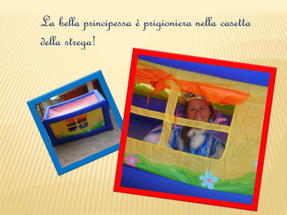 La bella principessa è prigioniera nella casetta della strega!
