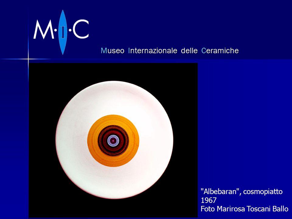 Museo Internazionale delle Ceramiche Albebaran , cosmopiatto 1967 Foto Marirosa Toscani Ballo