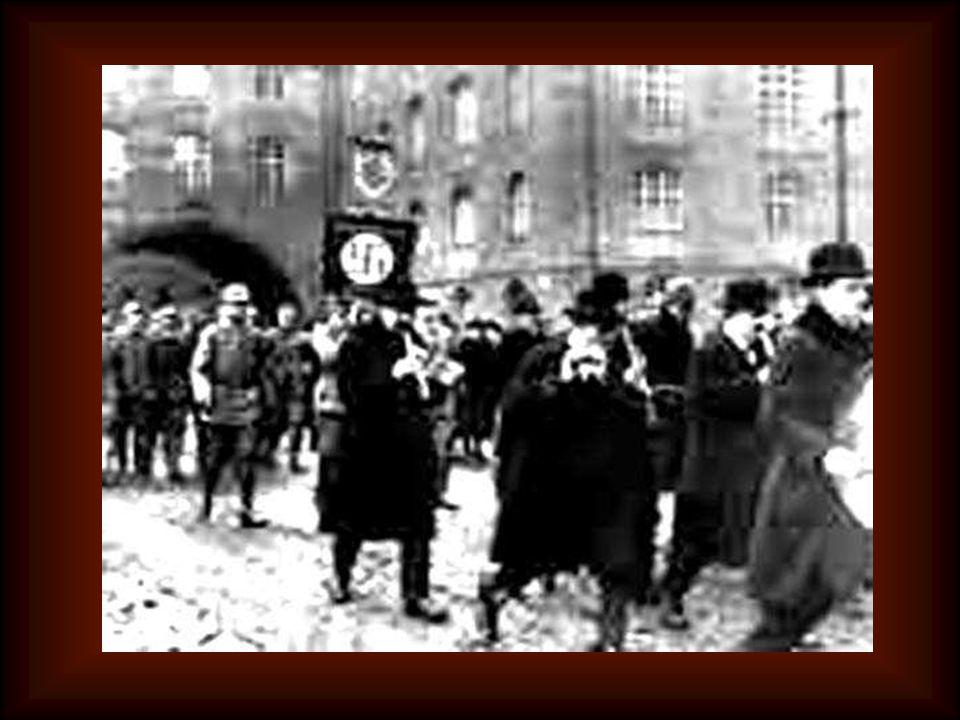 Il 17 febbraio 1941 Padre Kolbe è arrestato dalla Gestapo Fu trasferito ad Auschwitz, tristemente famoso come campo di sterminio, dove i suoi quattro confratelli l'avevano preceduto un mese prima.
