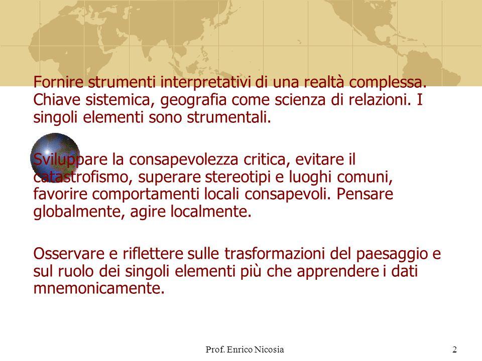 2 Fornire strumenti interpretativi di una realtà complessa.