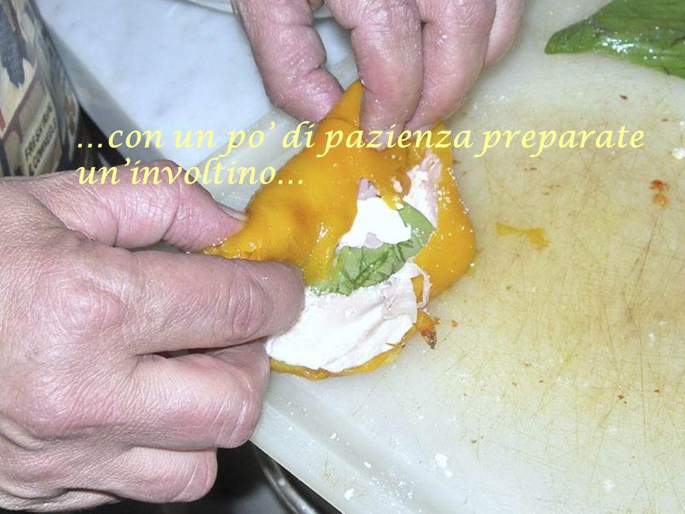 …aggiungete anche una bella spolverata di Parmigiano, sale, pepe e 'na foglia 'e vasenicola (basilico)…