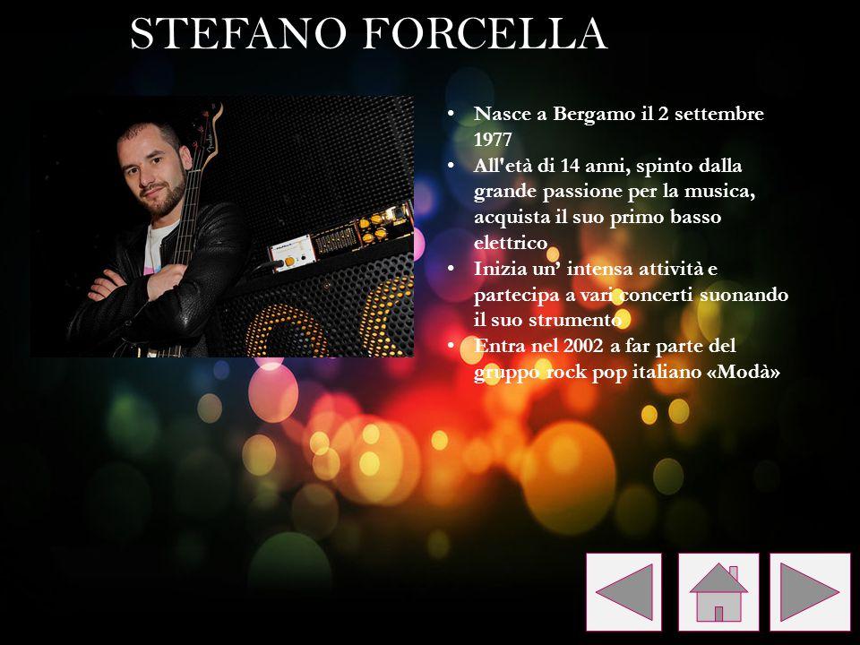 Nasce a Bergamo il 2 settembre 1977 All'età di 14 anni, spinto dalla grande passione per la musica, acquista il suo primo basso elettrico Inizia un' i