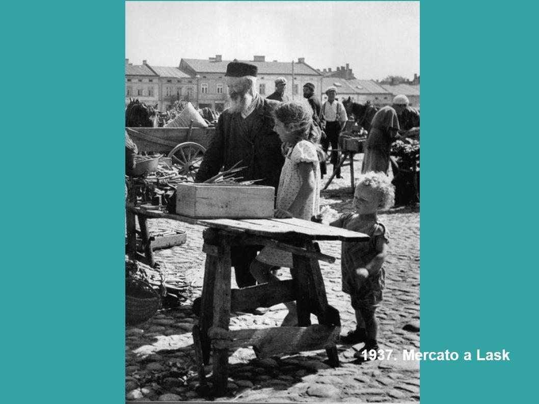 1937. Mercato a Lask