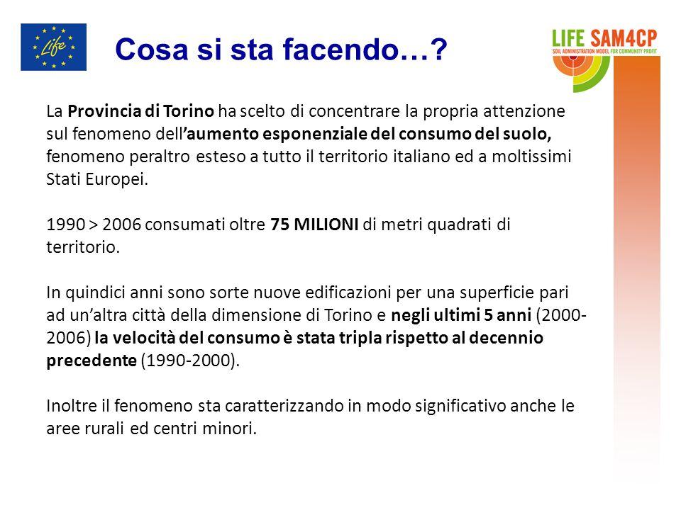 La Provincia di Torino ha scelto di concentrare la propria attenzione sul fenomeno dell'aumento esponenziale del consumo del suolo, fenomeno peraltro