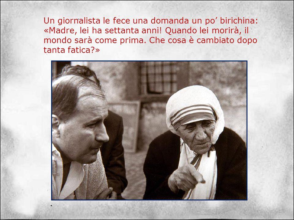 Nel 1979 tornando da Oslo, dove aveva ricevuto il premio Nobel per la pace, Madre Teresa fece tappa a Roma. Vari giornalisti si accalcarono nel cortil