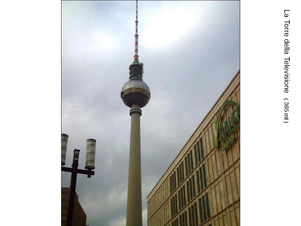 La Torre della Televisione ( 365 mt )