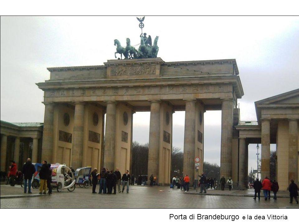 Porta di Brandeburgo e la dea Vittoria