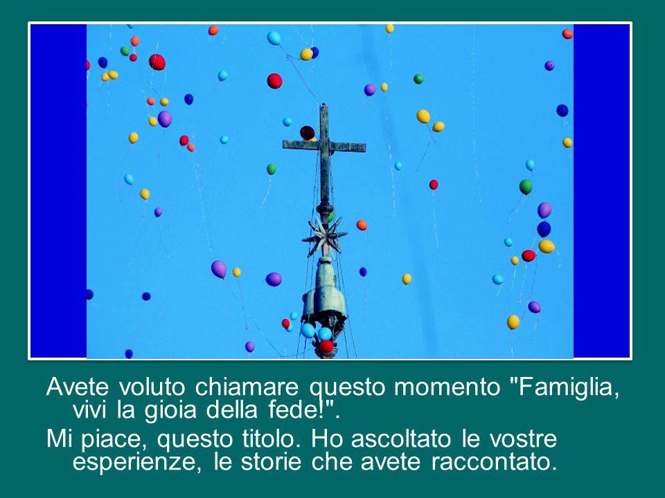 Siete venute pellegrine da tante parti del mondo per professare la vostra fede davanti al sepolcro di San Pietro. Questa piazza vi accoglie e vi abbra