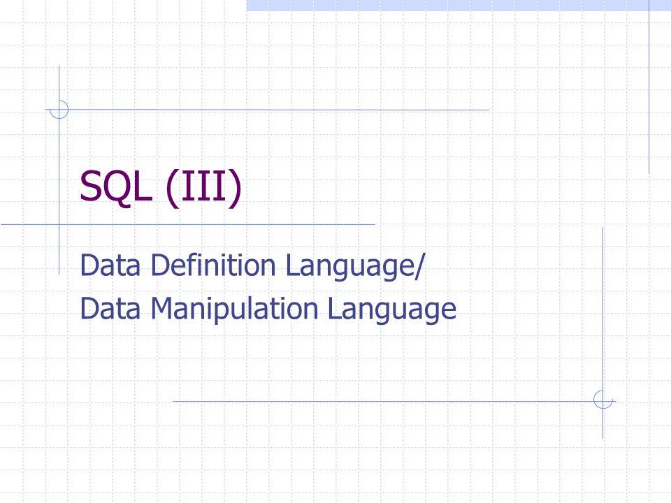 12 Definizione di domini Un dominio è un insieme di valori ammissibili per un attributo (concetto simile a quello di tipo ) Si possono creare domini nuovi a partire da quelli di base create domain NomeDominio as TipoDiDato [ ValoreDiDefault ][ Vincolo ] Per esempio: create domain anniCorso as smallint default 1 not null