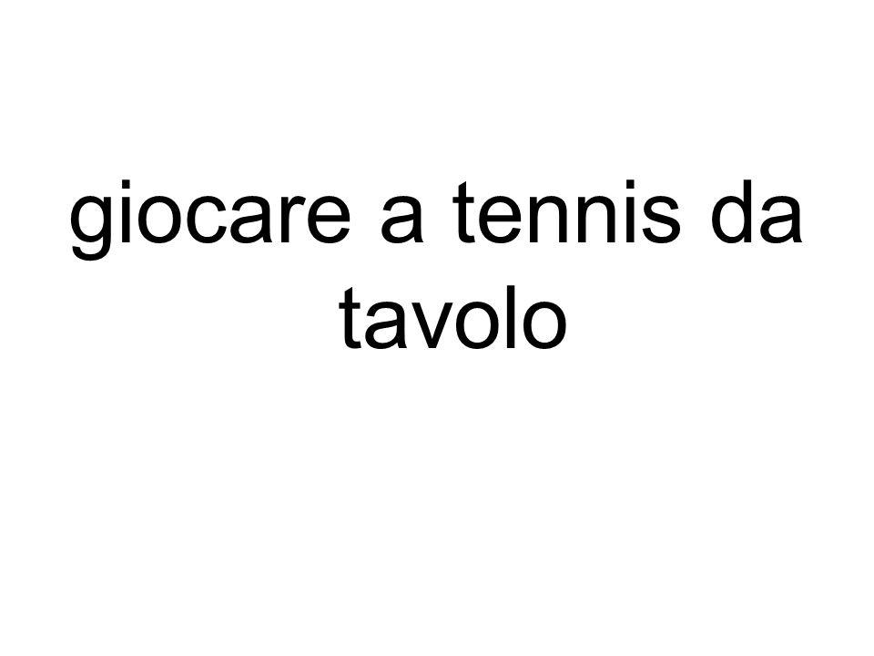 giocare a tennis da tavolo