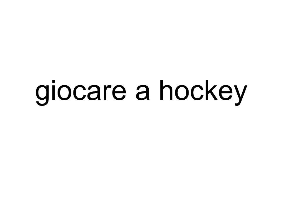 giocare a hockey