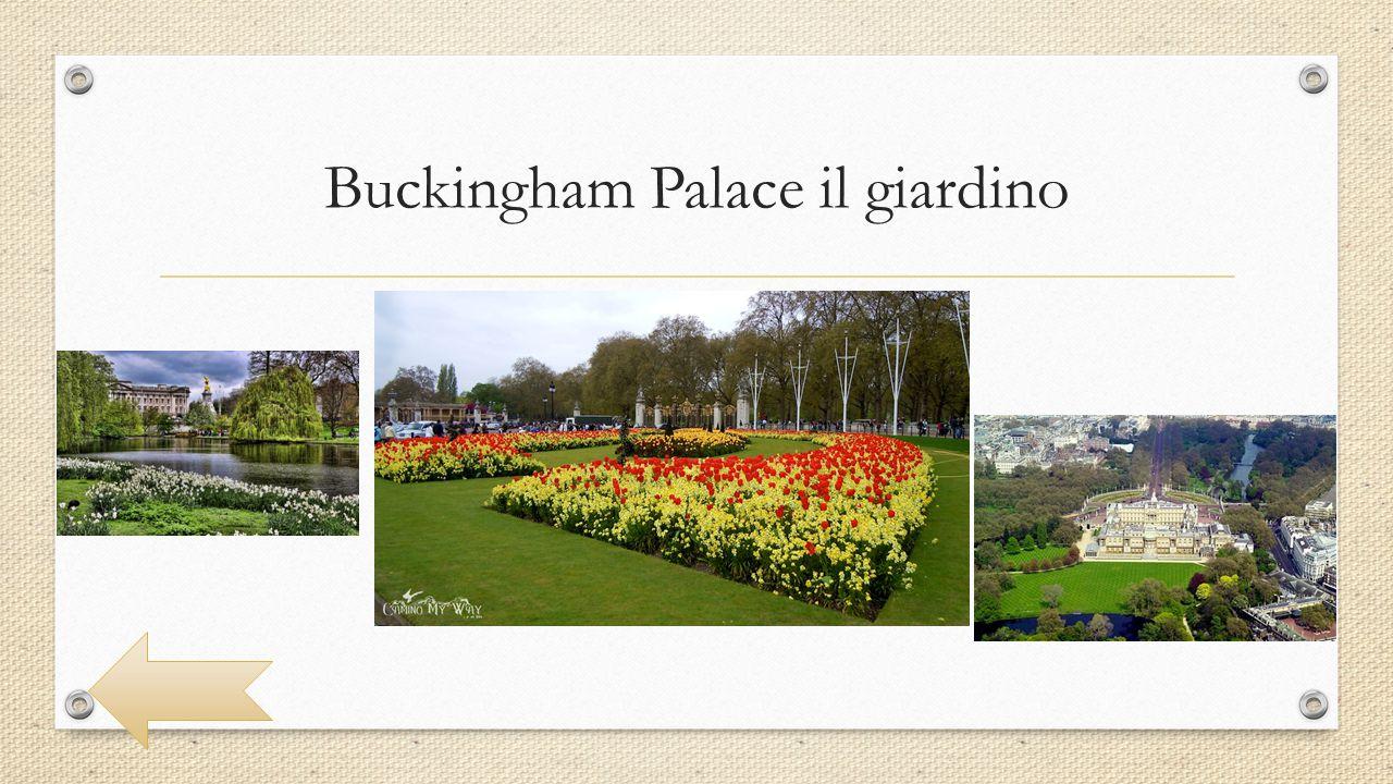 Buckingham Palace il cambio della guardia