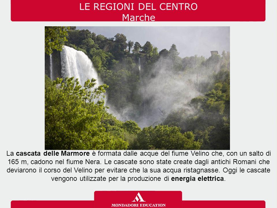 La cascata delle Marmore è formata dalle acque del fiume Velino che, con un salto di 165 m, cadono nel fiume Nera. Le cascate sono state create dagli