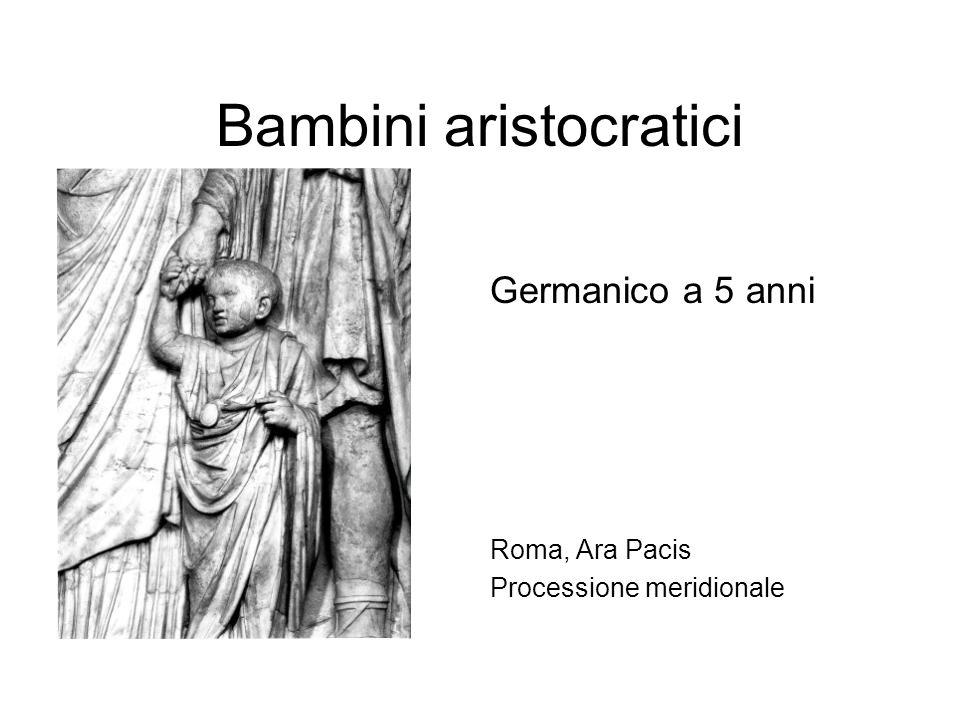 Bambini aristocratici Germanico a 5 anni Roma, Ara Pacis Processione meridionale