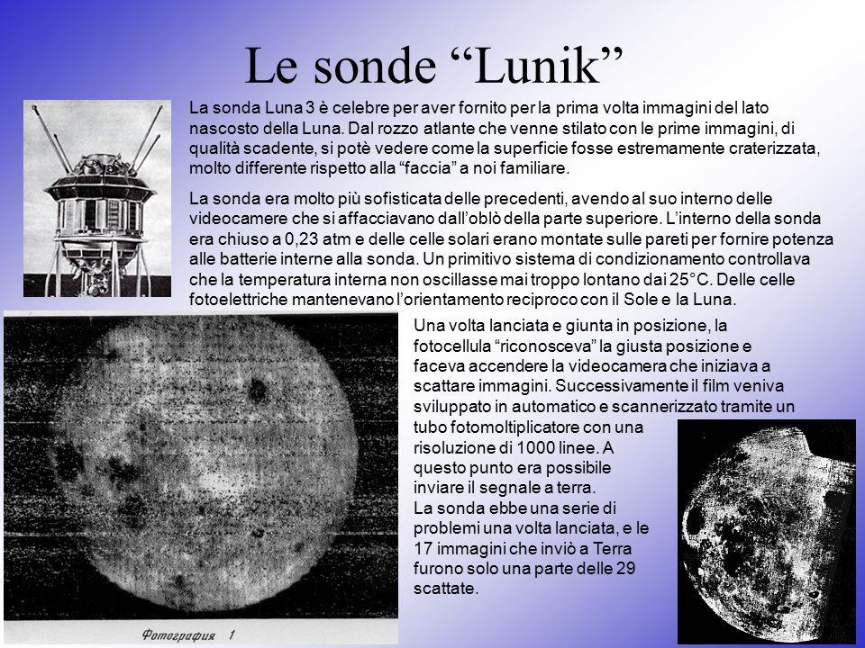 """Le sonde """"Lunik"""" La sonda Luna 3 è celebre per aver fornito per la prima volta immagini del lato nascosto della Luna. Dal rozzo atlante che venne stil"""