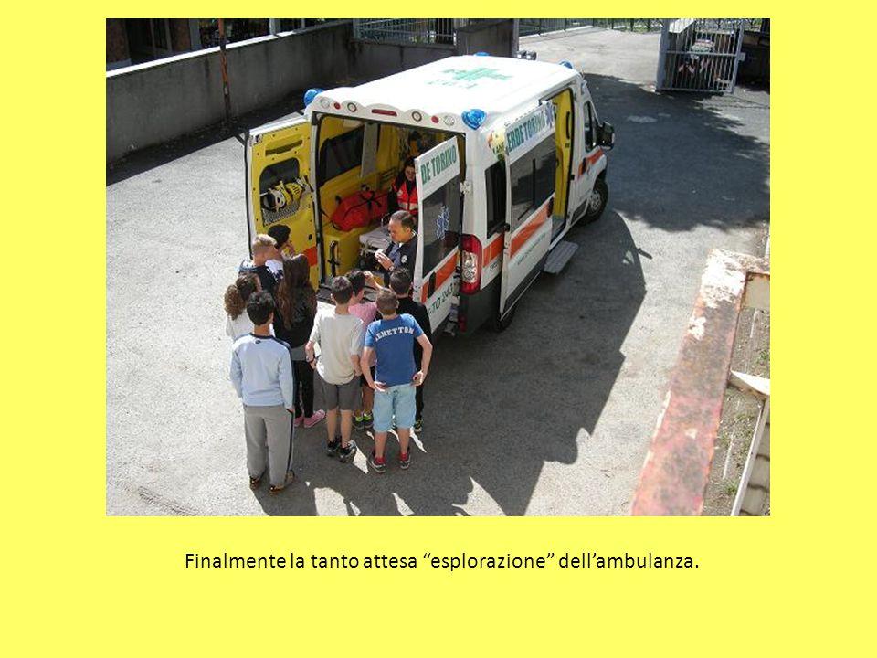 Finalmente la tanto attesa esplorazione dell'ambulanza.