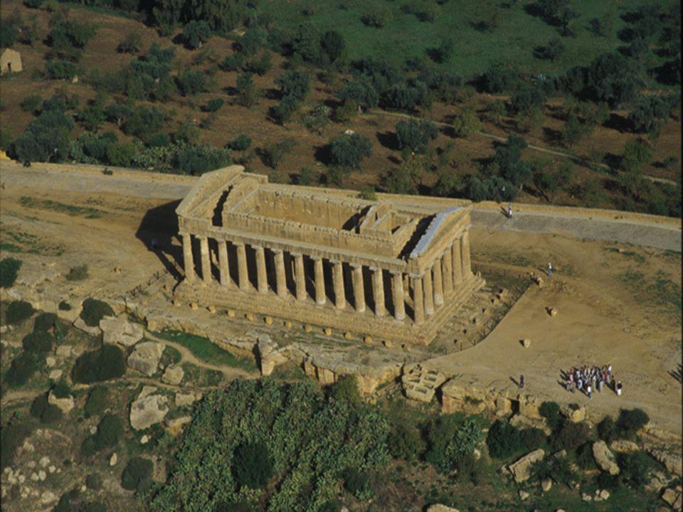 -È una zona archeologica della Sicilia, dove si possono ammirare i resti della città greca di Akragas (Agrigento).