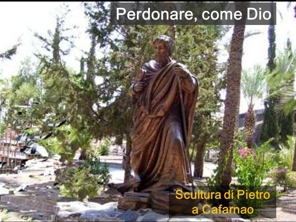 Scultura di Pietro a Cafarnao Perdonare, come Dio