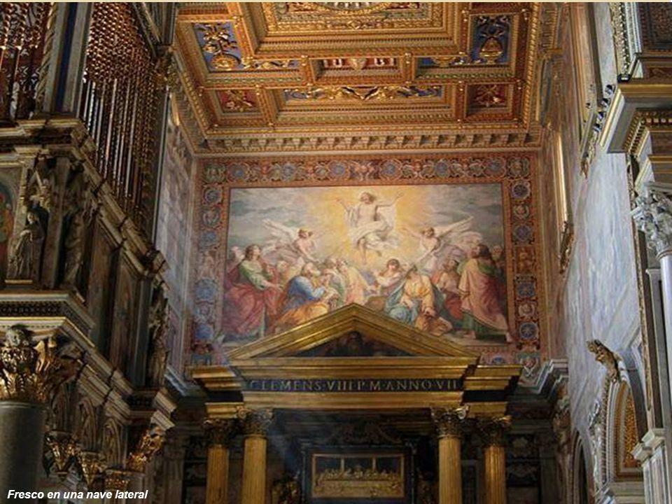 L'Arcibasilica Laterana, meglio nota come San Giovanni in Laterano, è la cattedrale della diocesi di Roma e la sede ecclesiastica ufficiale del Papa,