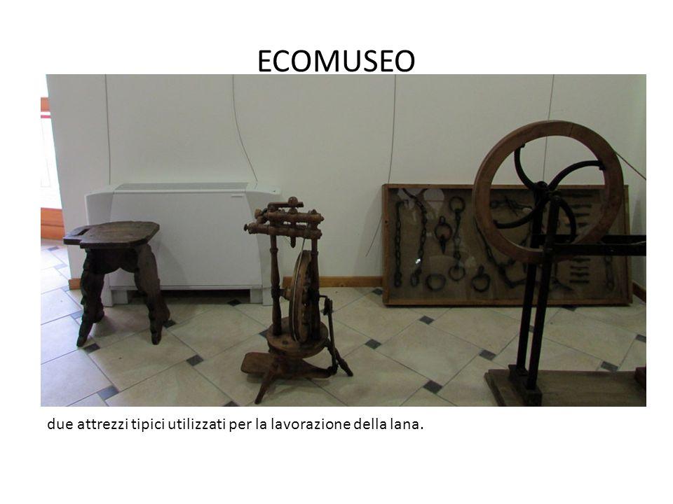 ECOMUSEO due attrezzi tipici utilizzati per la lavorazione della lana.