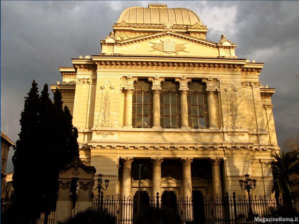 Il matrimonio ebraico Il matrimonio ebraico è celebrato sotto un baldacchino, simbolo della casa; il rabbino (il sacerdote ebreo) legge delle benedizioni e alla fine i due sposi rompono un bicchiere nel quale hanno bevuto, in ricordo della distruzione del Tempio.