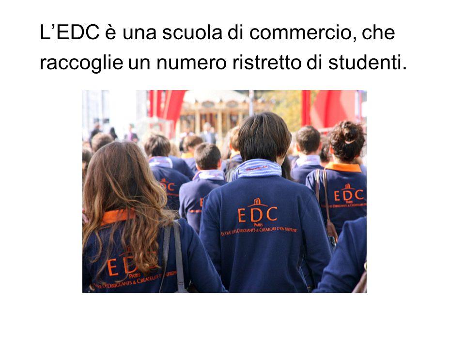 L'EDC è una scuola di commercio, che raccoglie un numero ristretto di studenti.
