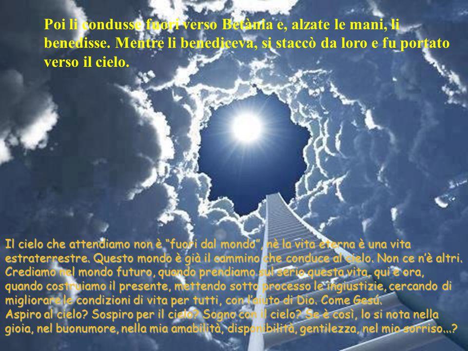 La Ascensione è la chiamata a continuare la missione di Gesù. La forza del suo Spirito rimane sempre con noi, aiutandocis a mostrare, con le nostre pa