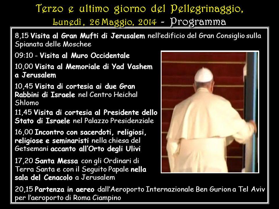 Papa Francesco saluta alcuni sopravvissuti ai campi di concentramento Papa Francesco saluta alcuni sopravvissuti ai campi di concentramento