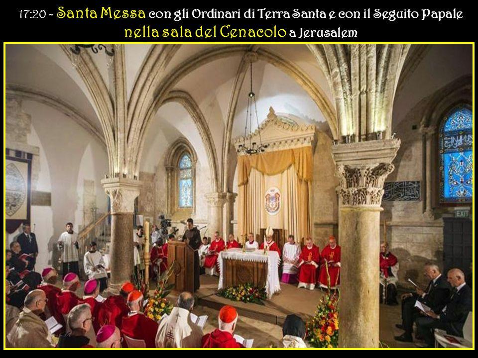 Imitiamo la Vergine Maria e San Giovanni, e stiamo accanto alle tante croci dove Gesù è ancora crocifisso.