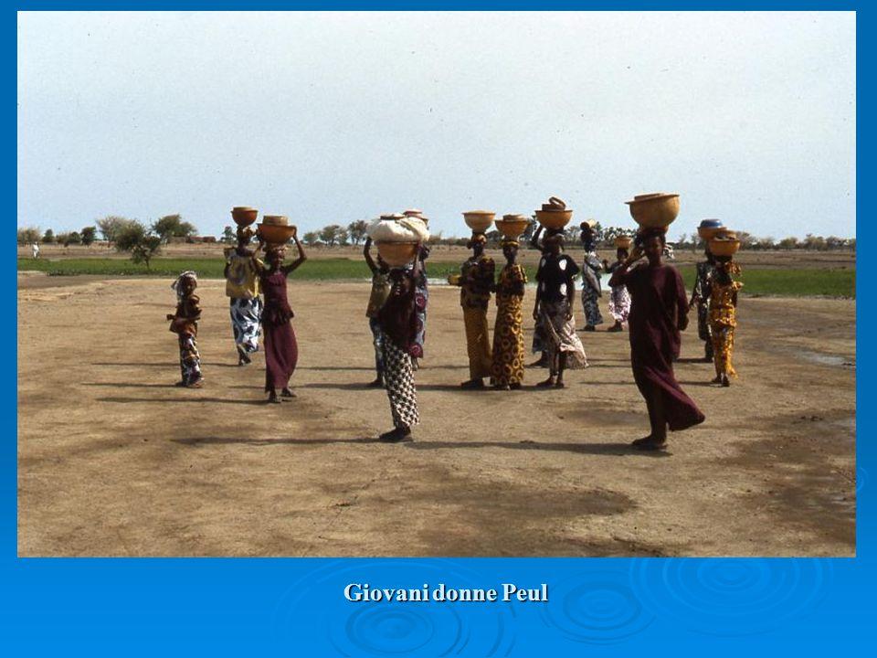 Giovani donne Peul
