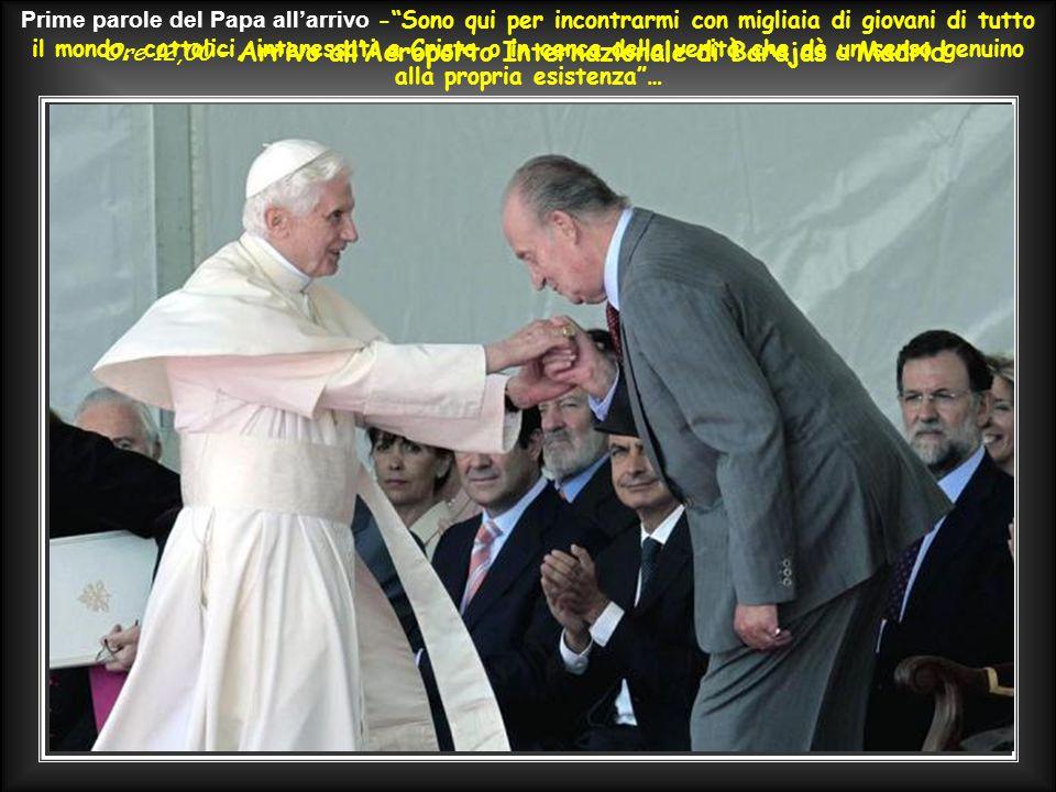 """Govedi mattina 18 Agosto – Benedetto XVI, in volo da Roma, ai giornalisti: """"…queste GMG sono un segnale, una cascata di luce; danno visibilità alla fe"""