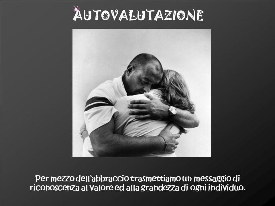 Il contatto fisico e l'abbraccio scaricano un'energía vitale capace di guarire o alleviare i piccoli dolori. SALUTE