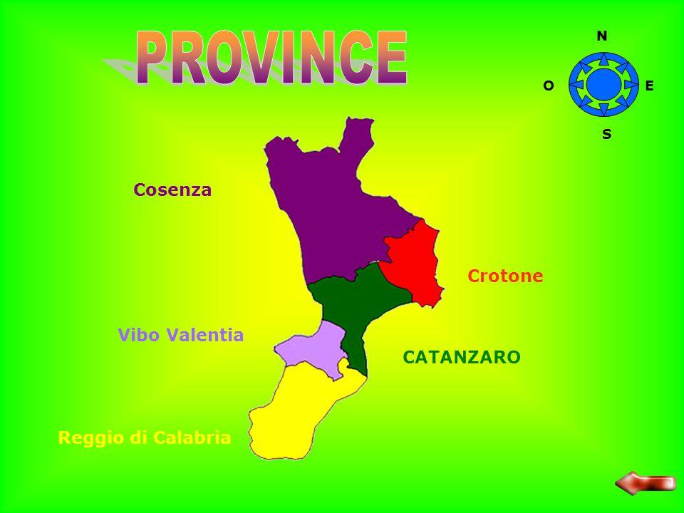 La Calabria è la regione con il più basso reddito pro- capite ed ha visto in passato una forte emigrazione. L'agricoltura riveste un ruolo primario ne