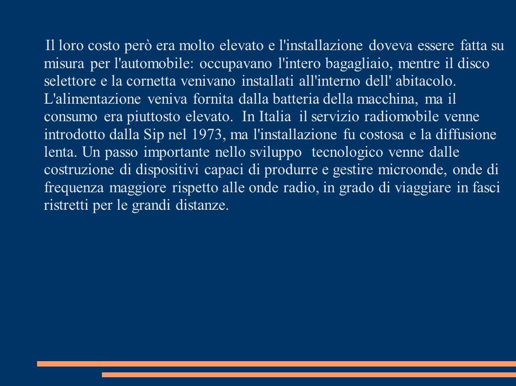 ASPETTI SOCIALI In Italia la diffusione del cellulare raggiunge livelli da primato mondiale e ha provocato la nascita di una sorta di galateo.