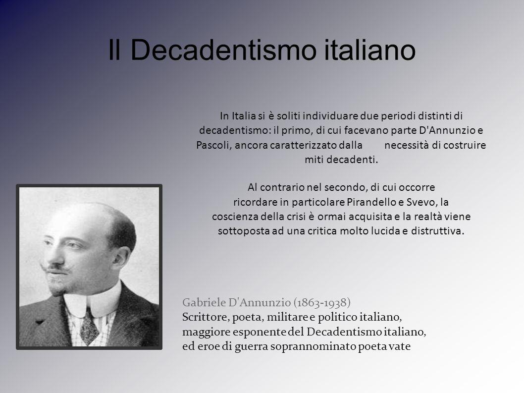 Nasce a Pescara nel 1863, dopo il liceo si trasferisce a Roma a seguire gli studi universitari alla Facoltà di Lettere.