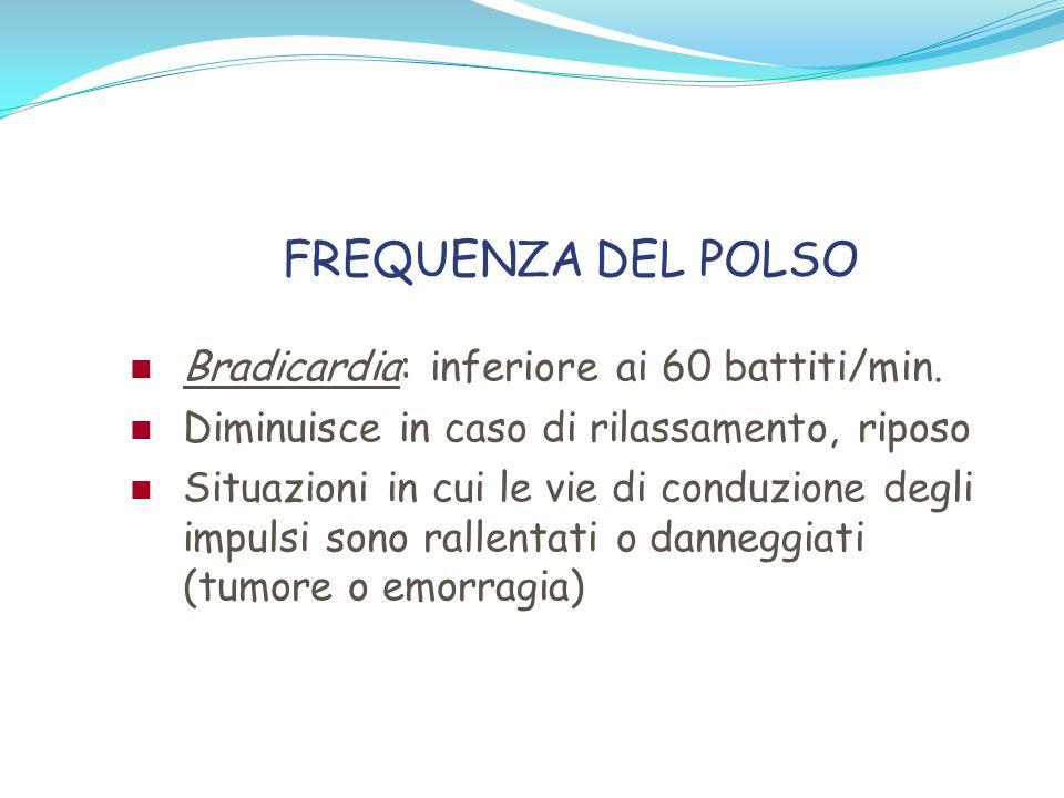 LA PRESSIONE ARTERIOSA Velocità del sangue espulso dai ventricoli e pressione esercitata sulla parete vasale Si concretizza tra la sistole (pressione sistolica ) e la diastole (pressione diastolica) Differenza tra la massima e la minima è di 30-50 mmHg (pressione differenziale)