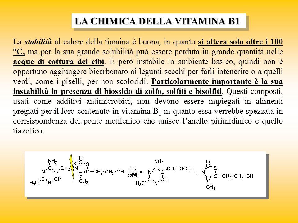 La loro presenza nella parte lipidica degli alimenti le espone al rischio di alterazioni dovute al loro coinvolgimento in eventuali processi ossidativi a carico della parte lipidica stessa.