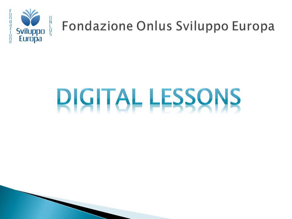  30 ore di formazione ai formatori suddivise in 10 appuntamenti di tre ore  Metodo di formazione online sincrono (telepresenza)