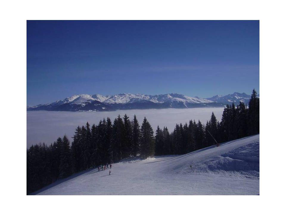 Sciare e snowboard Dal 1° ottobre è possibile sciare sui ghiacciai vicino IBK.Il principale e il più vicino è lo Stubaier Gletscher.