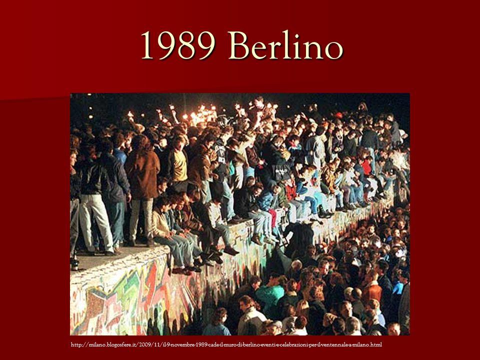 1989 Berlino http://milano.blogosfere.it/2009/11/il-9-novembre-1989-cade-il-muro-di-berlino-eventi-e-celebrazioni-per-il-ventennale-a-milano.html
