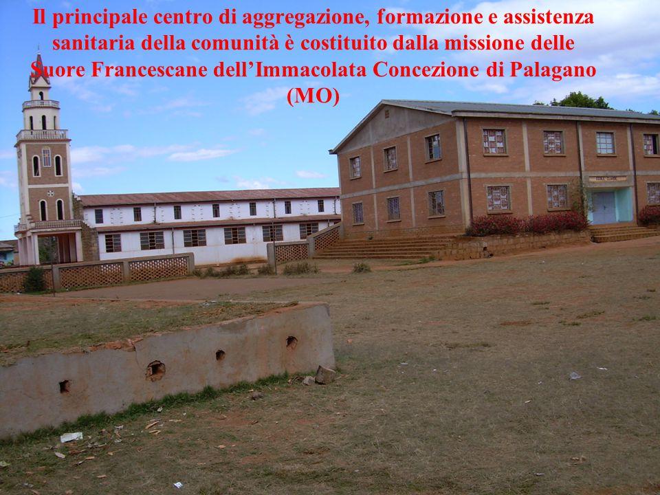 Il principale centro di aggregazione, formazione e assistenza sanitaria della comunità è costituito dalla missione delle Suore Francescane dell'Immaco